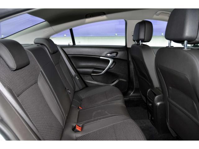 2017 Opel Insignia - Image 9