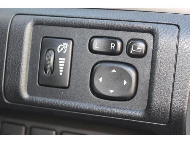 2013 Lexus CT 200h - Image 11