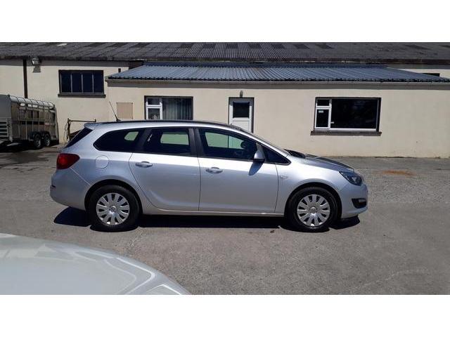 2013 Vauxhall Astra - Image 25