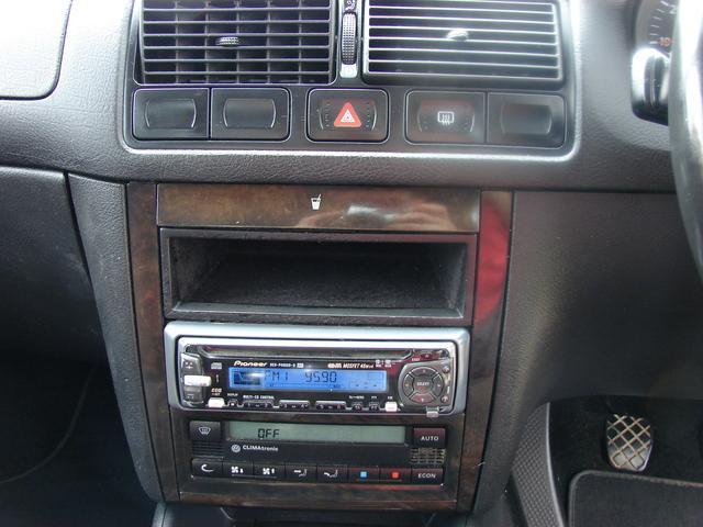 2000 Volkswagen Golf - Image 13