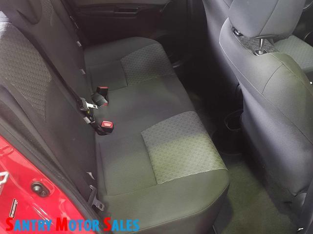 2014 Toyota Yaris - Image 2