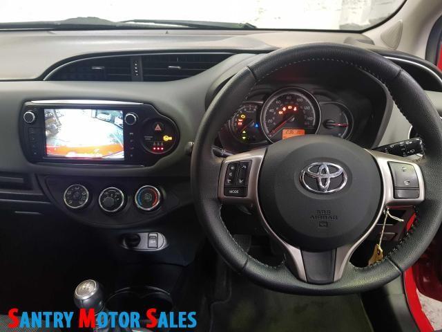 2014 Toyota Yaris - Image 6