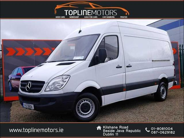 2011 Mercedes-Benz Sprinter - Image 1
