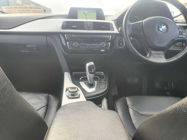 2017 BMW 3 Series - Image 30