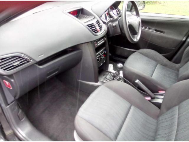 2008 Peugeot 207 - Image 13