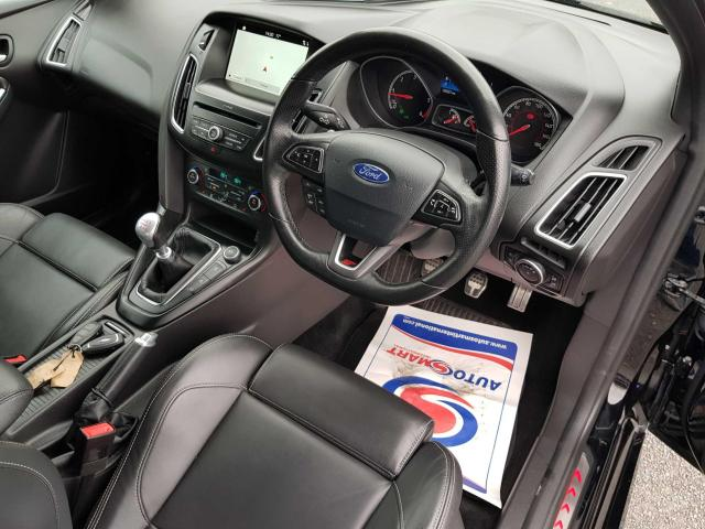 2017 Ford Focus - Image 11