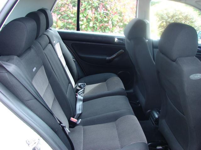 2000 Volkswagen Golf - Image 7