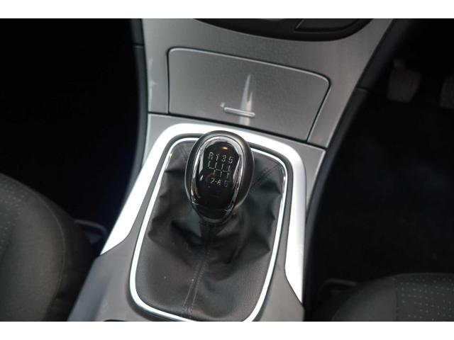 2015 Opel Insignia - Image 15