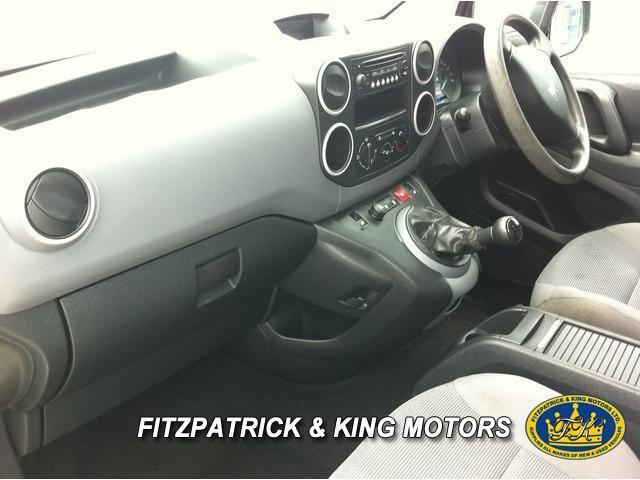 2011 Peugeot Partner - Image 9