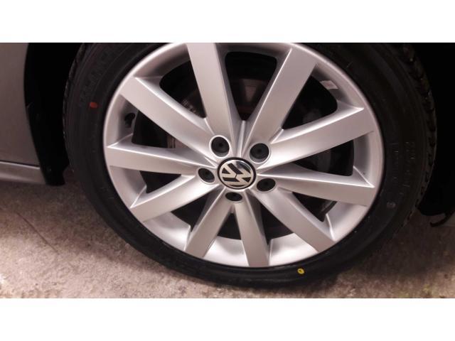 2014 Volkswagen Jetta - Image 6