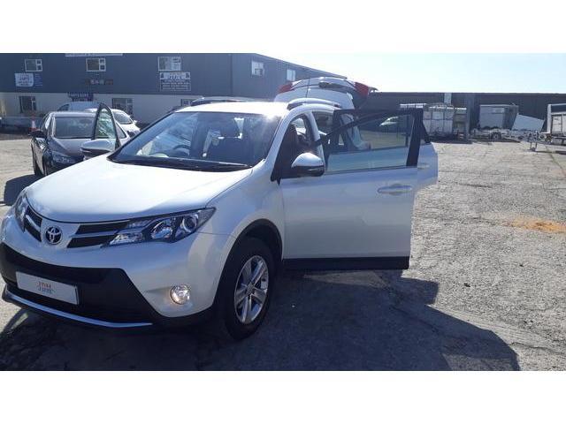 2014 Toyota Rav4 - Image 27