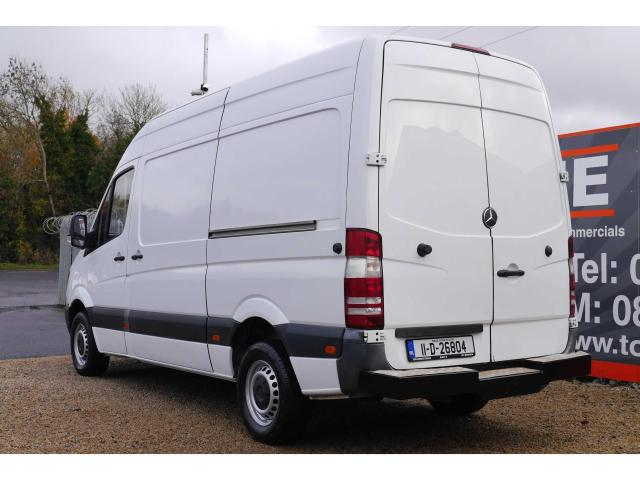 2011 Mercedes-Benz Sprinter - Image 4