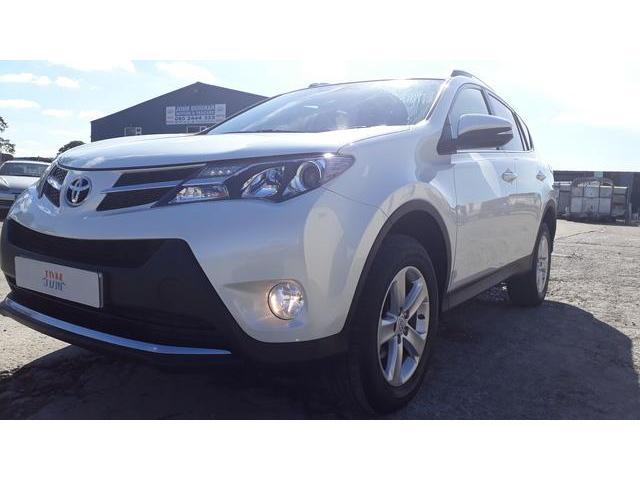 2014 Toyota Rav4 - Image 12