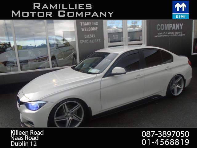 2012 BMW 3 Series - Image 2