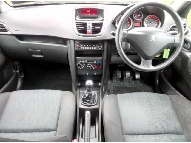 2008 Peugeot 207 - Image 12