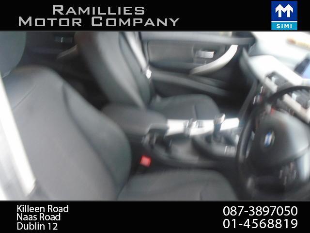 2012 BMW 3 Series - Image 21