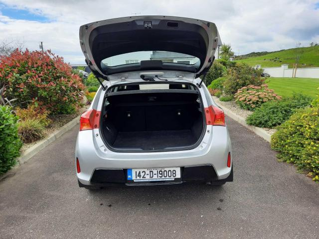 2014 Toyota Auris - Image 6