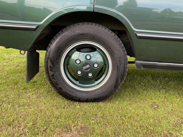 1992 Land Rover Range Rover - Image 12