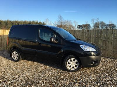 c0ae233492 2012 Peugeot Partner