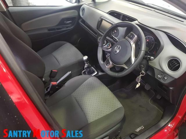 2014 Toyota Yaris - Image 5