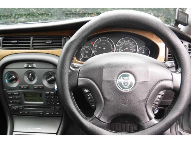 2003 Jaguar X-Type - Image 27