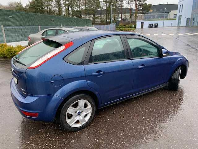 2009 Ford Focus - Image 6
