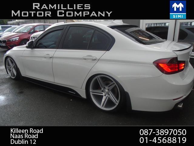 2012 BMW 3 Series - Image 3