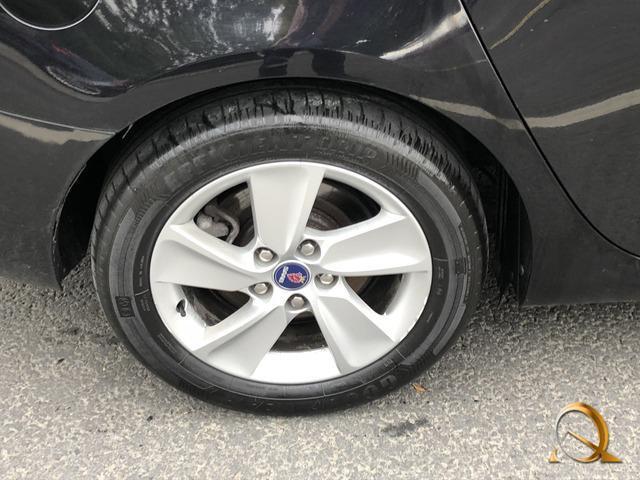 2011 Saab 9-5 - Image 6