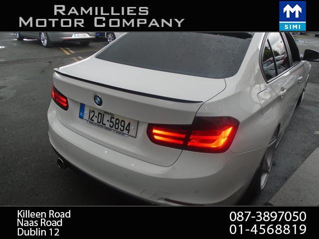 2012 BMW 3 Series - Image 5