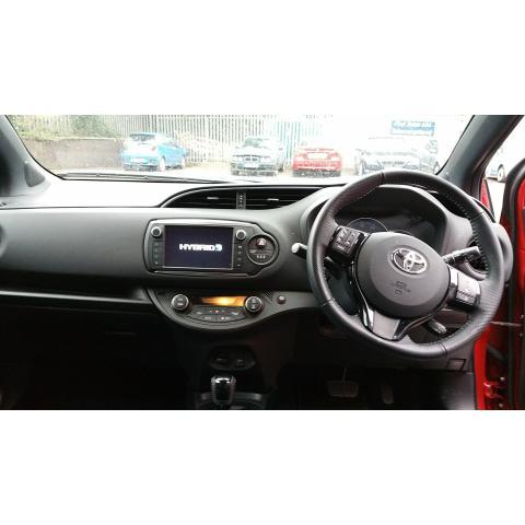2016 Toyota Yaris - Image 7