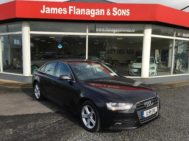 2012 Audi A4 Technik 2.0 TDI 136 PS