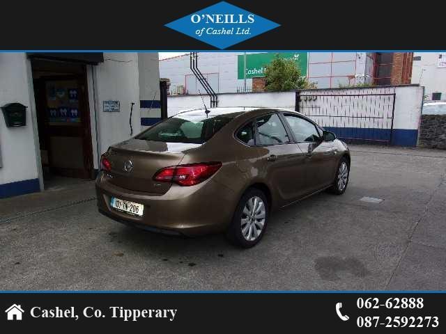2013 Opel Astra - Image 6