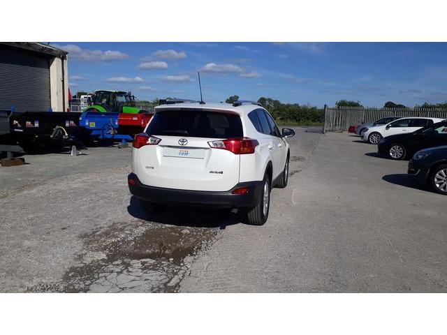 2014 Toyota Rav4 - Image 16