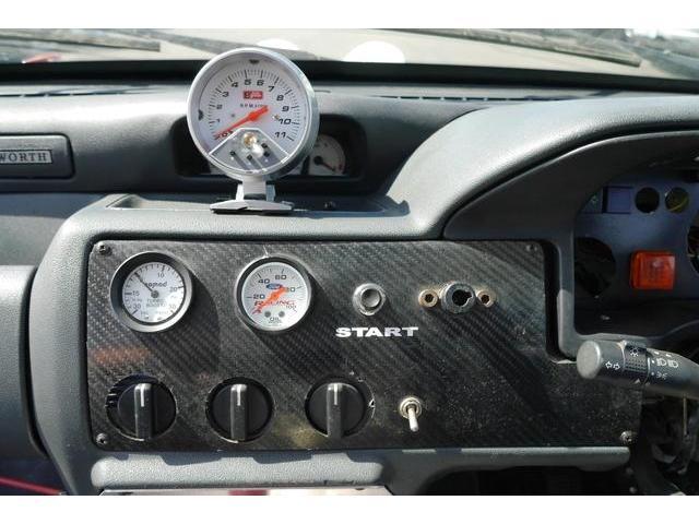 1993 Ford Escort - Image 11