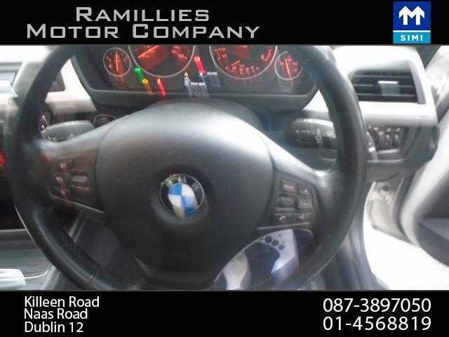 2012 BMW 3 Series - Image 18