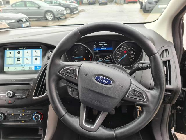 2017 Ford Focus - Image 35