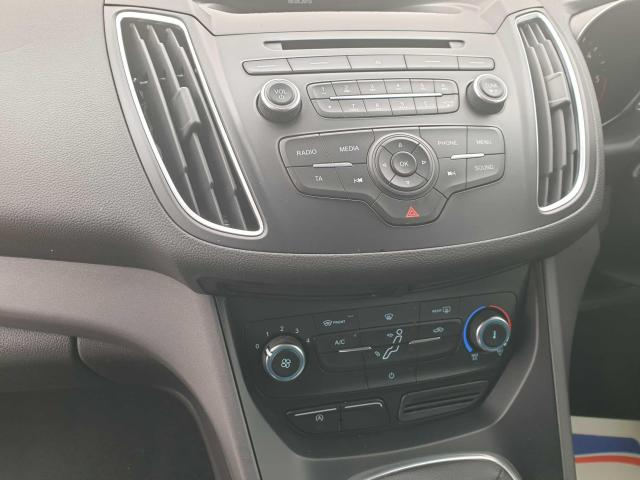 2015 Ford C-Max - Image 35