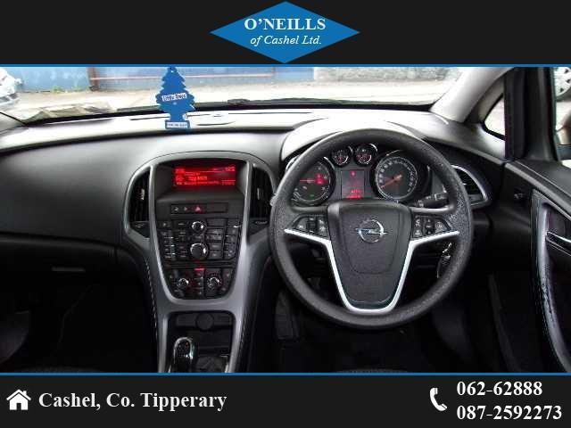 2013 Opel Astra - Image 9
