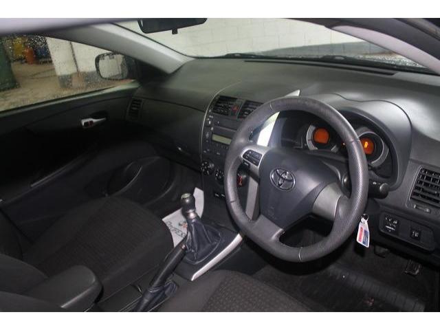 2013 Toyota Corolla - Image 6