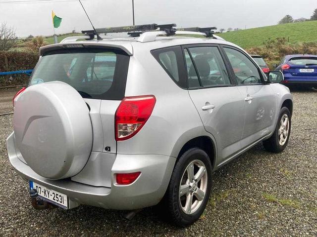 2007 Toyota Rav4 - Image 2