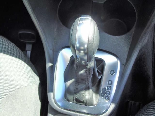 2012 Volkswagen Polo - Image 10