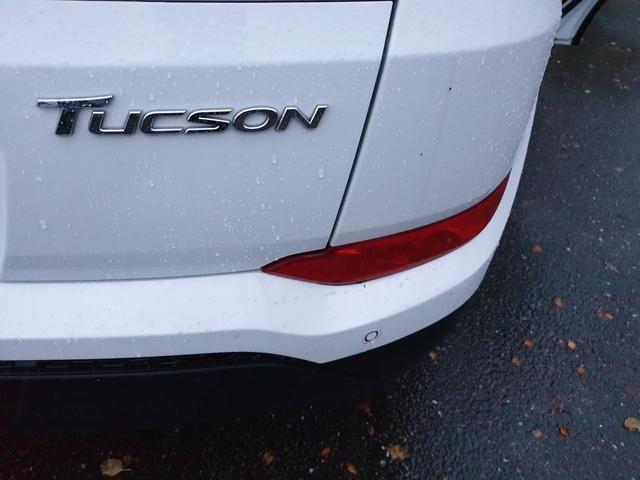 2017 Hyundai Tucson - Image 10