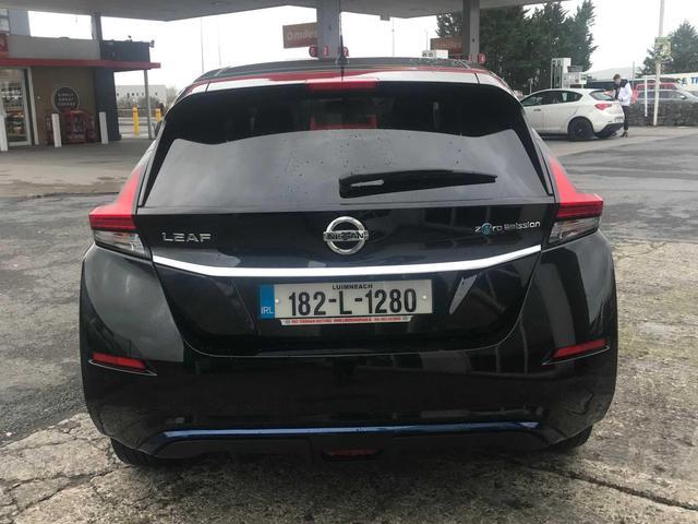 2018 Nissan Leaf - Image 6