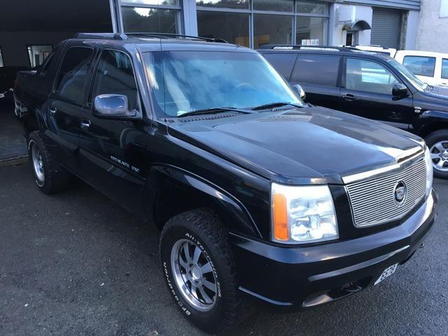 2002 Cadillac Escalade EXT LHD Crew Cab