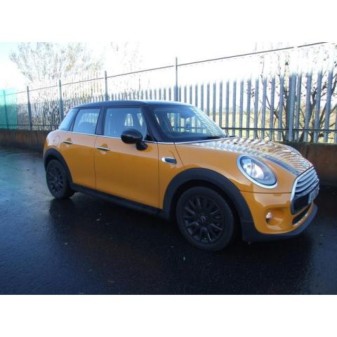 2015 Mini Cooper 1.5 PETROL 6 SPEED