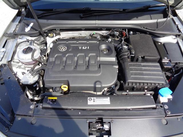 2015 Volkswagen Passat - Image 3