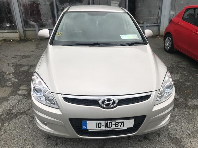 2010 Hyundai i30 - Image 2