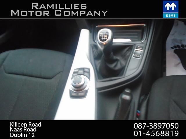 2012 BMW 3 Series - Image 17