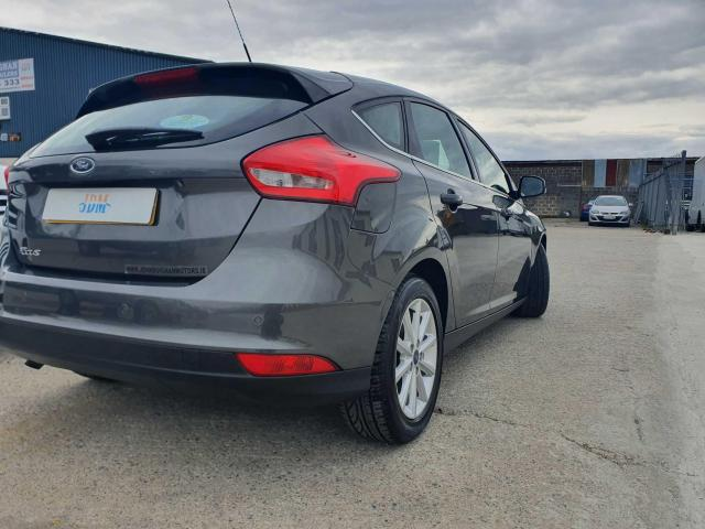 2017 Ford Focus - Image 8