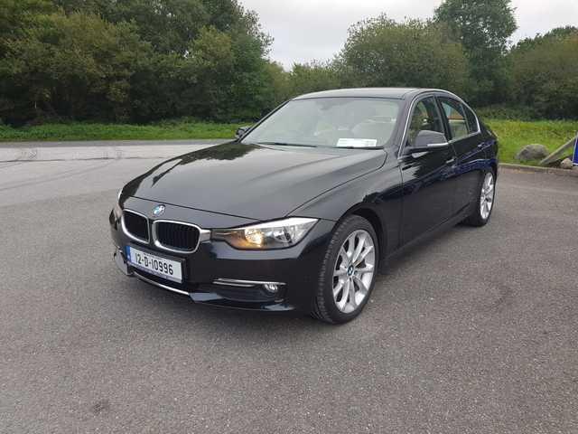 2012 BMW 5 Series - Image 10